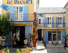 le Bleuet (b.four) Tags: bookstore dda librairie alpesdehauteprovence banon supershot abigfave citrit rubyphotographer mygearandme