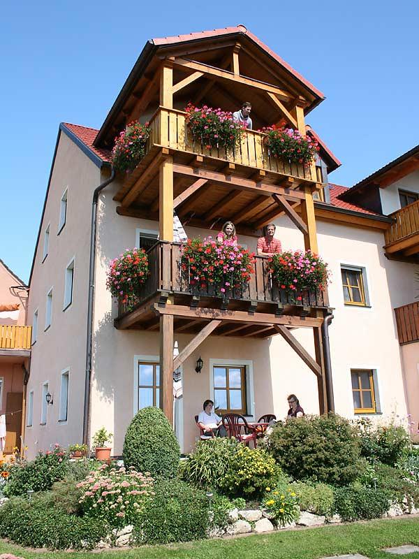 Ferienhof Laux und seine drei Balkone