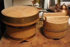 Ohitsu the one on the right Made by Kyoto Aritsugu. (blackthorne56) Tags: wood dice cooking japan vintage asian japanese book wooden kyoto warm pattern rice box joey crochet cedar keep boxes warmers titles provocative keepers aritsugu ohitsu