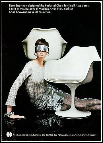 Tulip-chair-futuristic