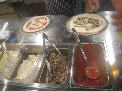 厨房@Ad Pizza(江古田)