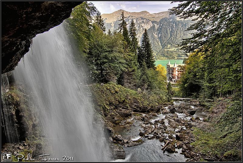 Suiza - El pais de las cascadas - Giessbach