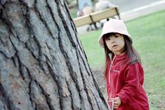 SAKURAKO @ MARUYAMA Zoo (MIKI Yoshihito. (#mikiyoshihito)) Tags: film japan zoo sapporo hokkaido daughter sakurako 娘 maruyama 円山動物園 さくらこ 櫻子 サクラコ