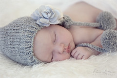 sleeps like an Angel* (Elena (Litsova) Sigtryggsson) Tags: baby flower cute girl beautiful hat angel iceland sweet naturallight indoor newborn asleep hairclips 3weeksold softcolors londonnewbornandchildphotographer