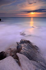 Quiet Night [EXPLORE] (Javier_Lpez) Tags: sea sky moon seascape clouds atardecer mar agua nikon rocks paisaje luna cielo nubes nocturna nikkor javier angular cala rocas elx elche arrecife charco lpez xarco d7000 javierlpez caladelxarco thepowerofnow