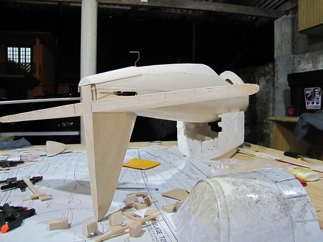 Montagem gratificante P-47 Thunderbolt Do Kit ao AR - Página 2 6266285440_bb08315b0e_z