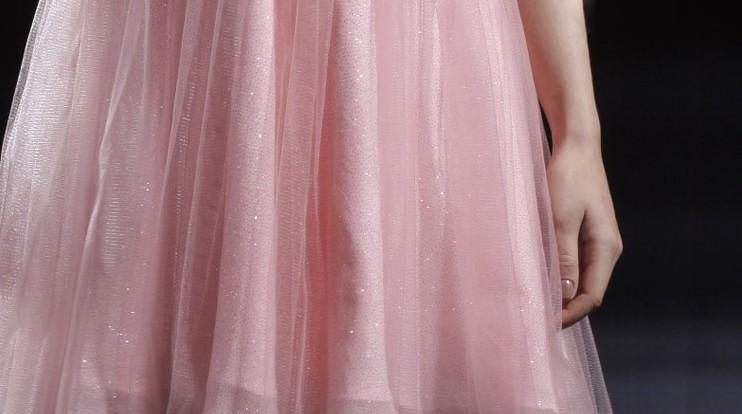 deb835067355 Vestido Curto Rosa Decote Canoa Ref. 80910 - La Goddiva · Vestidos ...