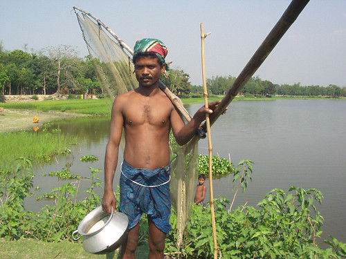 A fisherman, Bangladesh. Photo by Hamil Beel, 2006
