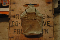 WWII (USMC) canteen and cover back (340mgb) Tags: usmc wwii cover canteen