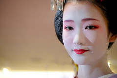 geisha [explored] (1/4th) Tags: japan nikon kyoto stock explore maiko geiko geisha nikond5000