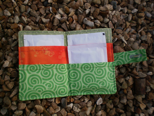tea bag wallet fromtutorial by handmadetherapy