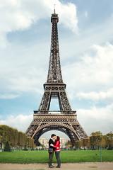 I  Paris (RoxiRosita) Tags: trip travel viaje paris france kiss europa europe torre eiffeltower eiffel torreeiffel monumentos monuments francia beso frenchkiss roxirosita