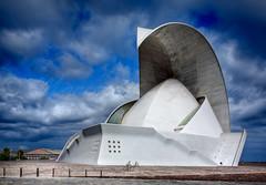 Auditorio de Tenerife (Marcos Rivero / Fotgrafo) Tags: plaza canon eos arquitectura day cloudy capital edificio canarias explore auditorio cielo pico nubes