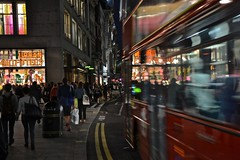 London, Oxford Street (Gianni Molinari) Tags: london oxfordstreet londra giannimolinari