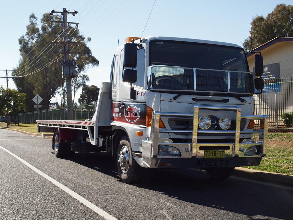 Hino 500 FD1024 Air Tilt-Tray Tow Truck 7318TT