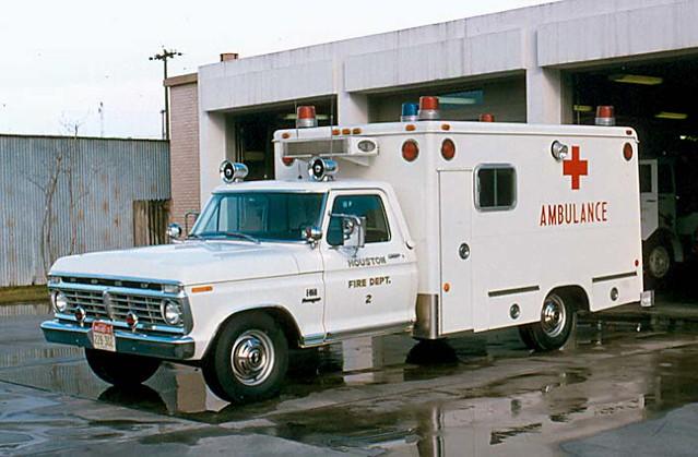 ford texas houston ambulance modular emergency firefighter ems firedepartment f350 procar micu drmo robertknowles