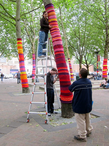 Yarn Bombing in Occidental Park