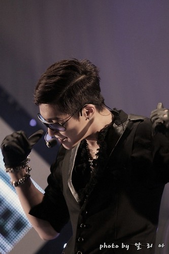 Kim Hyun Joong KBS 2FM Danny's Music Show Live [110701]
