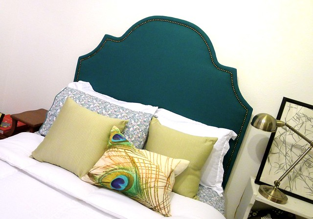 Headboard right