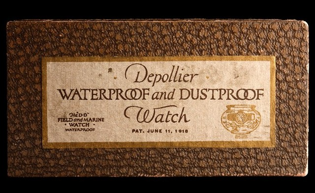 06 - DEPOLLIER WATERPROOF AND DUSTPROOF WRISTWATCH, WALTHAM, UNITED STATES. CIRCA 1920. MIH