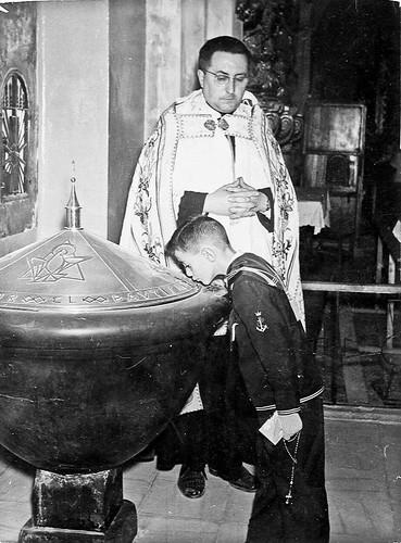 En la pila bautismal