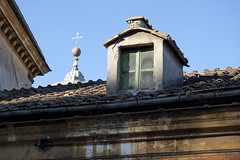 "salita del Pincio • <a style=""font-size:0.8em;"" href=""http://www.flickr.com/photos/89679026@N00/6249814072/"" target=""_blank"">View on Flickr</a>"