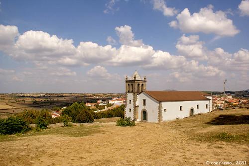 Igreja de Mogadouro (Trás-os-Montes, Portugal)