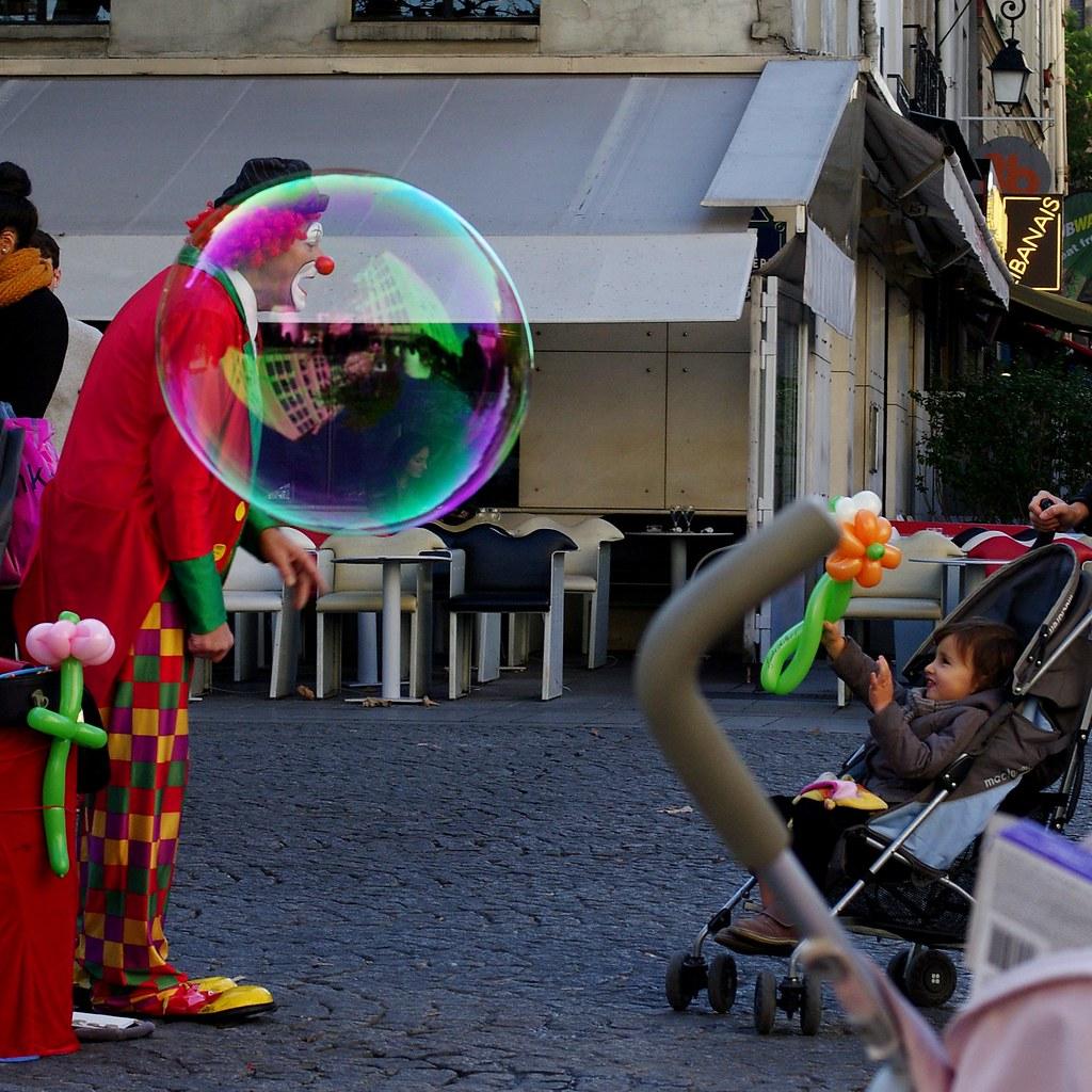 Paris clown and bubble