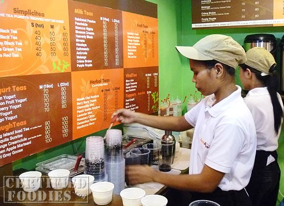You can see them prepare your milk teas at the Bon Appetea Express Brew in Ortigas
