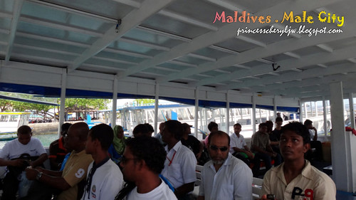 Maldives ferry ride 05
