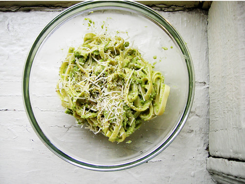 pasta with pea pesto