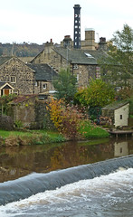River Aire, Bingley by Tim Green aka atoach
