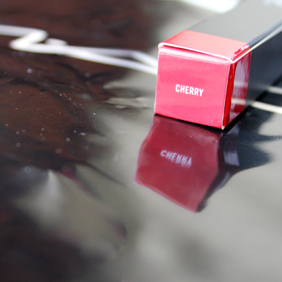 fashionarchitect.net MAC Cherry lip liner