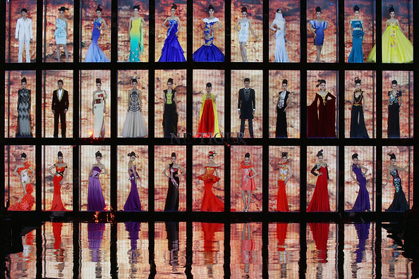 China+Fashion+Week+2012+Day+2+6DXwbbmTCldl