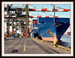 Port Newark Elizabith (Free Of The Demon) Tags: travel usa america port wow nj jersey greatshot ila soe longshoreman smrgsbord expressyourself inspiredbylove anawesomeshot ysplix unforgettablepicture awwwed life~asiseeit beautyunnoticed onewordwow gr8photo flickraward freeofthedemon edcarbo