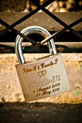 Make it Work (Matgeekver) Tags: bridge paris france love canon cadenas amour 7d pont 28 padlock idf 2470