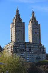 The San Remo, New York City (watersling) Tags: newyork apartment emeryroth stalinistarchitecture