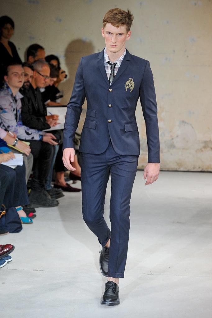 SS12 Paris Christian Lacroix013(Homme Model)