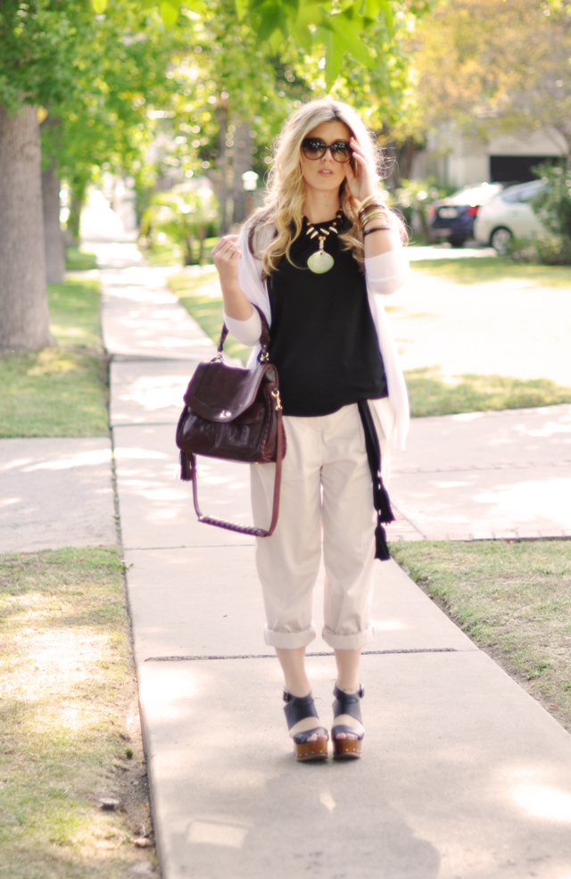 vintage 80's shell necklace and black and khaki casual outfit