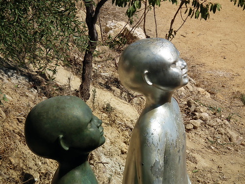 Ana Corbero's Giant Children Sculptures in Carmona, Spain (2011)
