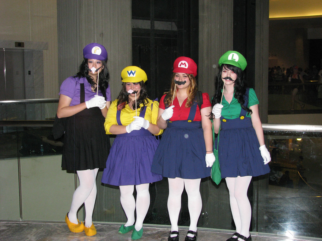 The World's Best Photos of costume and waluigi - Flickr ...Waluigi And Wario Costumes