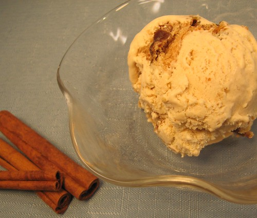 cinnamon fig cookie ice cream 010