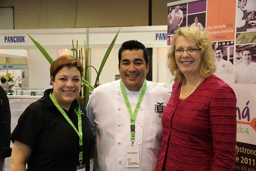 Pictured here at Panama Gastronomica are show organizer Elena Hernandez, Iron Chef Jose Garces, and U.S. Ambassador to Panama Phyllis Powers.