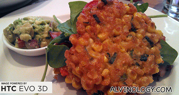 I ordered one of their classics - sweet corn fritters with roast tomato, spinach and bacon