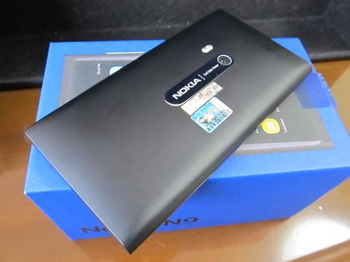 NOKIA N9 06