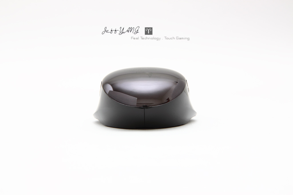 the new Razer Orochi Black Chrome Edition/PICS REVIEW