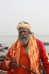 Varanasi, sadhu (Arian Zwegers) Tags: india man beard buddhism varanasi shiva 2008 hinduism salvation liberation kashi pilgrimage ganga sadhu ascetic holyman ganges banaras sadu benares gangesriver uttarpradesh jainism indianman moksa spiritualcapital holyperson saptapuri worshipofshiva