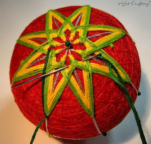 Temari - finishing the 8 point star