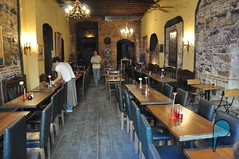 Istanbul-Galata-Enginer-Cafe-Bar-Restaurant-inside (2) (istanbulPlaces) Tags: food bar restaurant cafe istanbul taksim galata beyolu enginar istanbulplaces