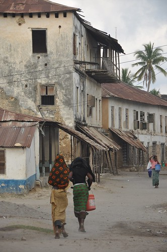Back street in Kilwa Kivinjie